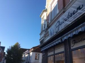 Keine Uhr mehr bei Jacobsen in der Kieler Straße in Eckernförde