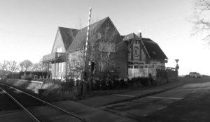 Bahnhof Altenhof: architektonisches Krisengebiet